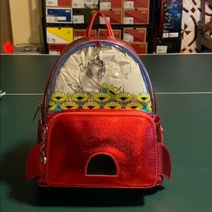 NWT Loungefly toy store alien backpack